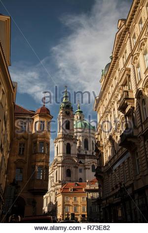 St. Nicholas Kirche und Sternberg Palast, Prag, Tschechische Republik Stockbild