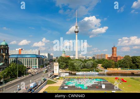 Europa, Deutschland, Fernsehturm, Fernsehturm, Berlin. Stockbild