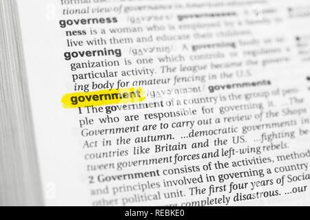 """Englische Wort """"Regierung"""" und seiner Definition im Wörterbuch hervorgehoben. Stockbild"""