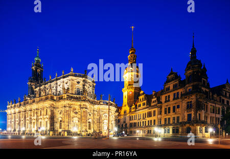 Dresden Dom (Kathedrale der Heiligen Dreifaltigkeit), Hausmannsturm Tower, Altstadt (Altstadt), Dresden, Sachsen, Deutschland, Europa Stockbild
