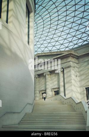 Der Great Court im British Museum, London, England, UK Stockbild