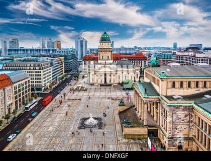 Berlin, Deutschland-Skyline über Gendarmenmarkt. Stockbild