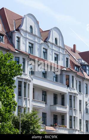 Alte Wohnhaus, im Stadtteil Linden-Mitte, Hannover, Niedersachsen, Deutschland Ich Altes Wohnhaus, Stadtteil Linden-Mitte, Hannover, Niedersachsen, D Stockbild