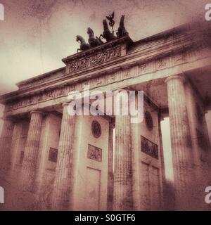 Brandenburger Tor, Berlin, Deutschland Low Angle View. Stockbild