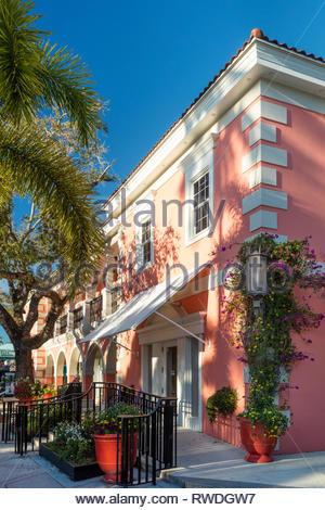 Eileen Fisher Boutique und Geschäften an trendigen 3rd Street Einkaufsviertel, Naples, Florida, USA Stockbild
