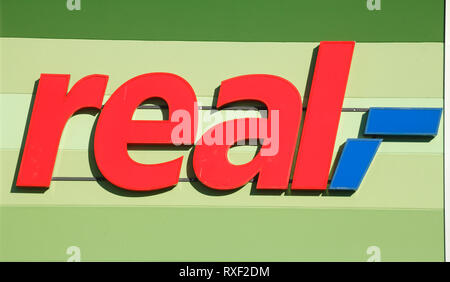 Real-Logo, in Deutschland, in Europa Stockbild