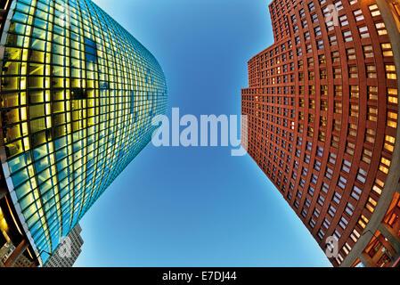Deutschland, Berlin: Moderne Skyline-Gebäude am Potsdamer Platz Stockbild