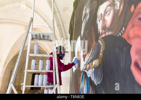 Frankreich, Indre et Loire, Loire Tal als Weltkulturerbe der UNESCO, Amboise, Amboise, Schloss, die Graffiti Künstler Ravo in Residence am Schloss von Amboise reproduziert in situ die Malerei der Tod von Leonard de Vinci Stockbild