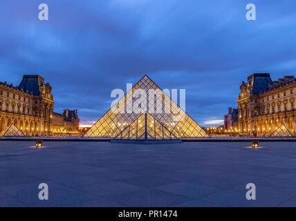 Das Louvre-Museum, Paris, Frankreich, Europa Stockbild