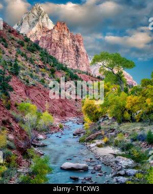 Virgin River und drei Patriarchen. Zion Nationalpark, Utah. Stockbild