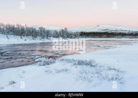 Blick auf See im Winter Stockbild