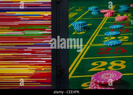 Casino-Plakat in Berlin-Kreuzberg. Stockbild
