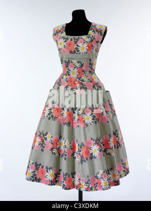 Ärmellose Sommerkleid, durch Horrockses Mode. London, England, 1953 Stockbild