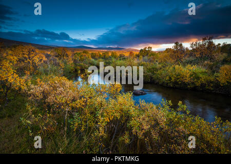 Dovrefjell, Norwegen, 15. September 2018. Herbst Farben bei Fokstumyra Nature Reserve, Dovre, Norwegen. Credit: öyvind Martinsen/Alamy leben Nachrichten Stockbild
