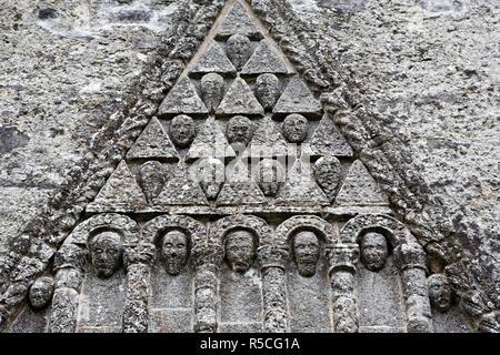 Dom, Eingang (C. 1180), Clonfert, County Galway, Irland Stockbild