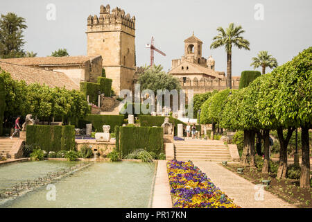 Gärten im Alcazar, UNESCO-Weltkulturerbe, Cordoba, Andalusien, Spanien, Europa Stockbild