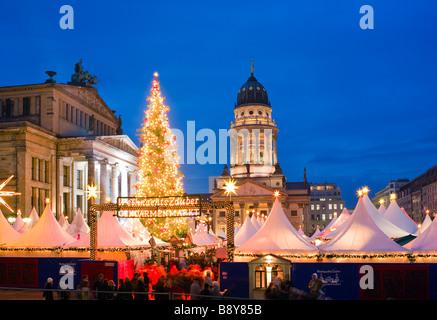 Weihnachtsmarkt auf dem Gendarmenmarkt Berlin-Deutschland Stockbild
