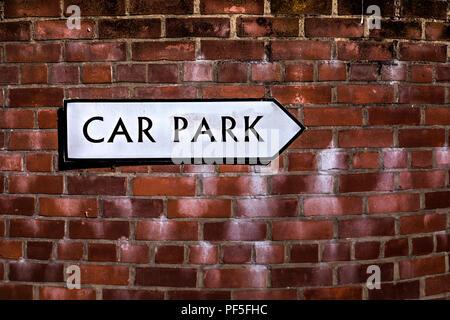 Parkplatz Schild Stockbild