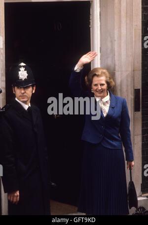 Margaret Thatcher 10 Downing Street in London der 70er Jahre. 1979 HOMER SYKES Stockbild