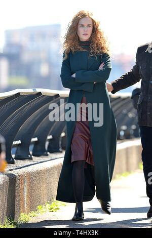 New York, NY, USA. 16 Apr, 2019. Nicole Kidman heraus und über für Celebrity Candids-DI, New York, NY, 16. April 2019. Credit: Kristin Callahan/Everett Collection/Alamy leben Nachrichten Stockbild