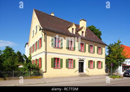 Historische Hausfassade in der Augsburger Straße, Altstadt, Günzburg, Schwaben, Bayern, Deutschland, Europa ich Historische Hausfassade in der Augsburger Straß Stockbild