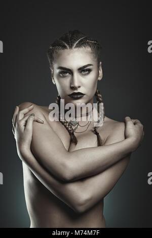 Schöne Mode Vampir. Studio Portrait Stockbild