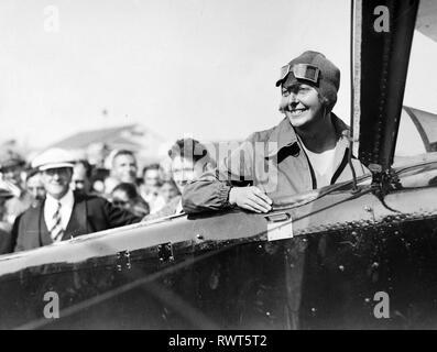 THEA RASCHE (1899-1971) Deutschlands erster Kunstflug Piloten im Jahre 1930 Stockbild