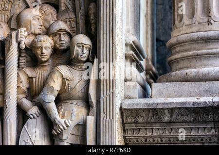 Italien, Kampanien, Neapel, historischen Zentrum als Weltkulturerbe von der UNESCO, der Ort Del Municipo, das Castel Nuovo war von 1279 bis 1284 errichtet von Stockbild
