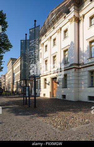 Berlin. Deutschland. Äußere des Das Museum Berggruen (Sammlung Berggruen), westlichen Stülerbau, Schloßstraße, Charlottenburg. Stockbild