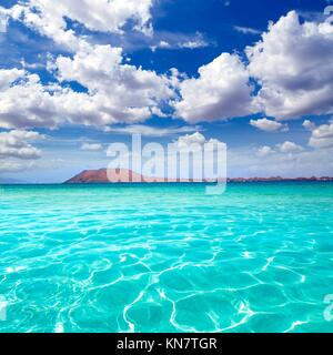 Strand von Corralejo auf Fuerteventura auf den Kanarischen Inseln von Spanien. Stockbild
