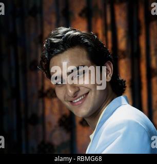 Nahaufnahme von Saif Ali Khan Lächeln, Indien, Asien Stockbild