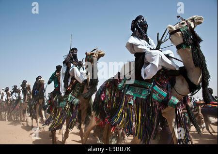 Touareg Nomaden auf Kamelen in Niger, Westafrika Stockbild