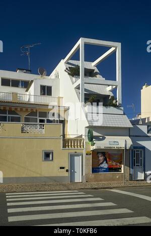 Architektur in Santa Luzia bei Tavira, Fraro, Algarve, Portugal Stockbild