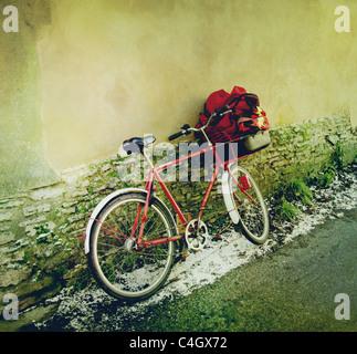 Postboten Fahrrad Stockbild