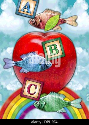 Ein großer Apfel, Fisch und Kinder Blöcke vor einem Himmel Stockbild