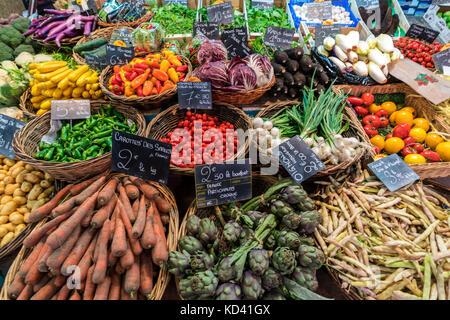 Gemüse, marche de Capucins, Bordeaux, Frankreich Stockbild