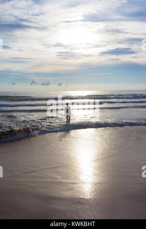 Asien - Sri Lanka - induruwa - Sonnenuntergang an der einsamen und wunderschönen Strand Stockbild