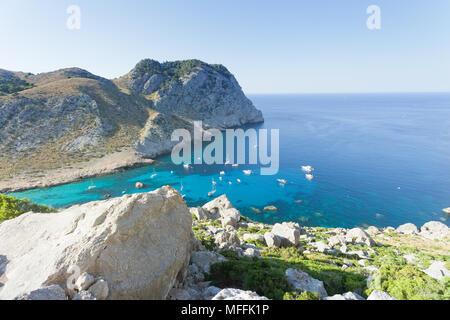Cala Figuera de Formentor, Mallorca, Balearen, Spanien - schöne Blick von einem Aussichtspunkt an der Bucht von Formentor Stockbild