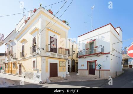 Massafra, Apulien, Italien - 31. MAI 2017 - ein traditionelles Gebäude, in den Straßen von Massafra Stockbild