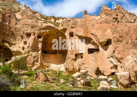 Geographie/Reisen, Türkei, Naher Osten, Kappadokien, tuff Felsformationen mit Unterstände am Zelve Tal, Stockbild