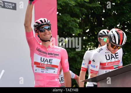 Team VAE Emirate rider Sloweniens Jan Polanc während der 102. Ausgabe des Giro d'Italia 2019 gesehen, Stufe 13 eine 196 km Etappe von Pinerolo zu Ceresole Reale (Lago Serrù) 2247 m. Stockbild
