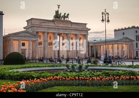 Brandenburger Tor und Pariser Platz, Berlin, Deutschland Stockbild