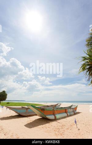 Asien - Sri Lanka - induruwa - wo der Strand ist schön und die Sonne ist heiß Stockbild