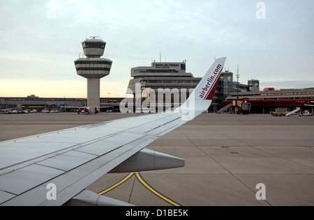Berlin, Deutschland, Blick auf den Flughafen Berlin-Tegel Stockbild