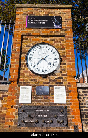 England, London, Greenwich, Royal Observatory, der Hirte 24h-Gate Clock Stockbild
