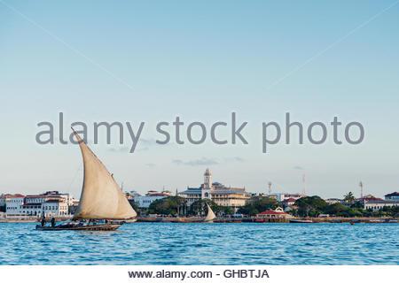 Geographie/Reisen, Tansania, Sansibar, Stone Town, Sansibar hat viele Daus (traditionelles Segelboot) aufgrund seiner Stockbild