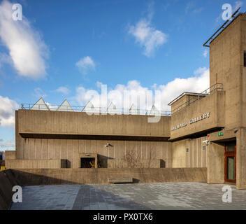 Die Hayward Gallery, eine weltweit renommierte Galerie für zeitgenössische Kunst und Wahrzeichen von Brutalist architecture Auf der Londoner South Bank. Stockbild