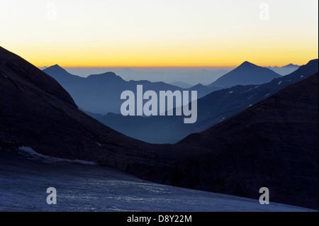 Österreich/carynthia - vor Sonnenaufgang im Nationalpark Hohe Tauern, von der Oberwalder Hütte gesehen. Stockbild