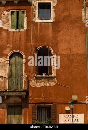 Farbenfrohe Gebäude, Region Veneto, Venedig, Italien Stockbild
