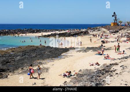 Lanzarote beach - Costa Teguise, Lanzarote, Kanarische Inseln, Europa Stockbild